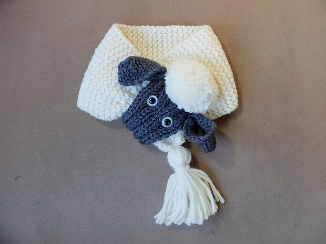 This is a simple little knit, written for my children's knitting class (they just need a little help on the ears).
