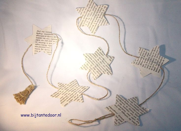 Leuke kerstboom slinger van papieren sterretjes. zie voor meer leuke ideeën www.bijtantedoor.nl