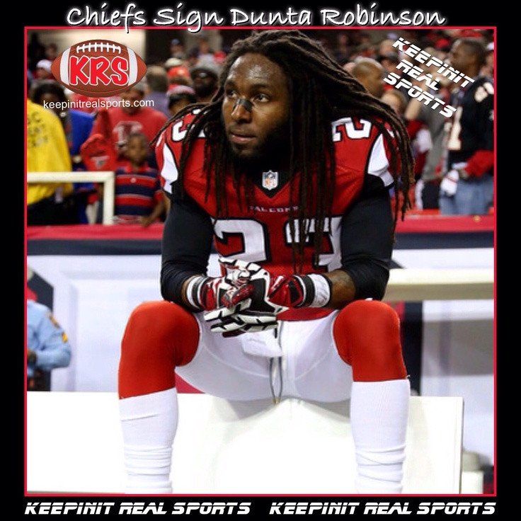 Keepinit Real NFL News: Kansas City Chiefs Sign Dunta Robinson  Kansas City Chiefs and cornerback Dunta Robinson have reached a three-year agreement. The agreement with Robinson continued a busy offseason for the Chiefs. They signed receiver Dwayne Bowe and punter Dustin Colquitt to significant contracts, gave left tackle Branden Albert the franchise tag at more than $9.7 million and have agreed to a trade for quarterback Alex Smith.