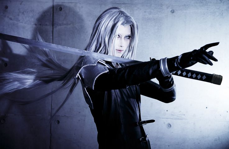 halt Sephiroth Cosplay Photo - WorldCosplay