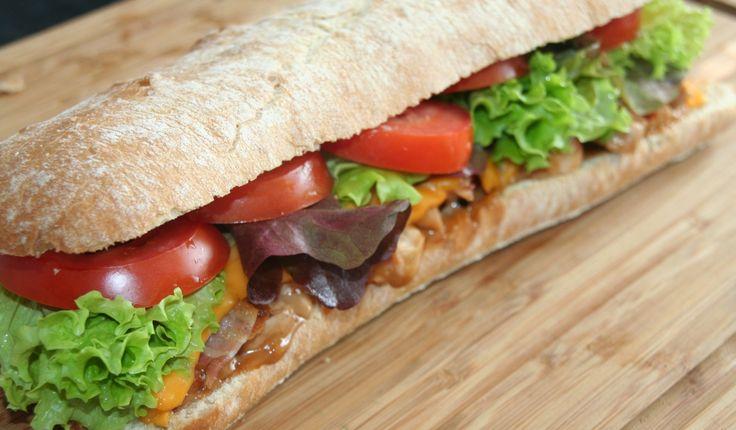 Gegrilde kalkoen sandwich