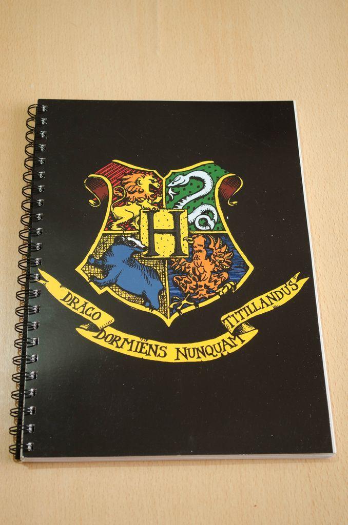 Anillado Escudo Hogwarts  Harry Potter  Everything Harry Potter  Harry potter notebook Harry