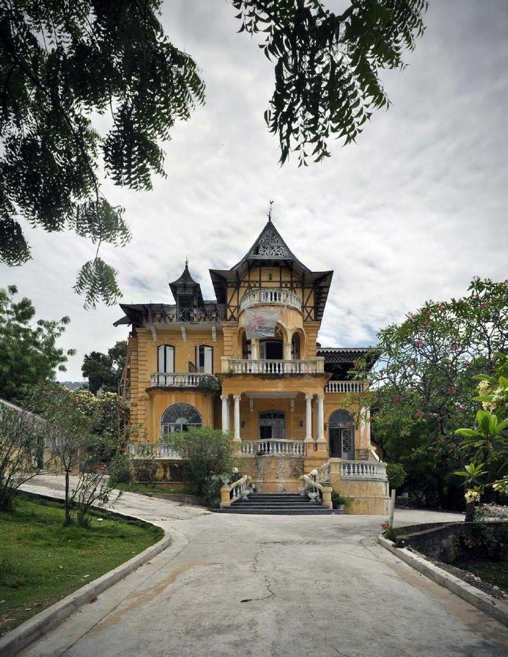 461 besten houses tropical bilder auf pinterest for Traditionelles thai haus