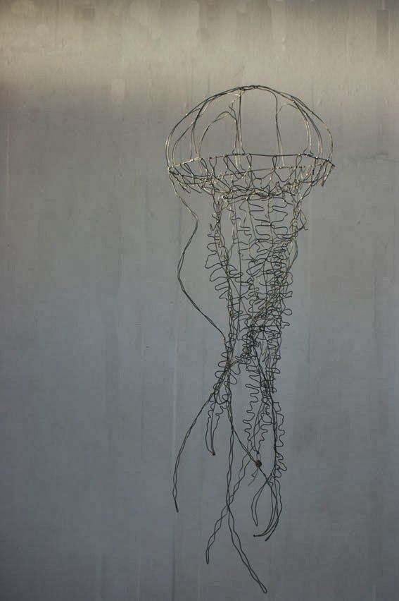 'Petite Méduse' (2014) by French artist Catherine Gontier. Wire, 75 x 26 x 26 cm. via the artist's site