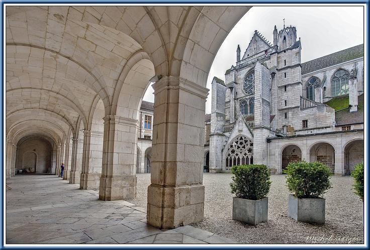 Abbaye Saint-Germain à Auxerre.