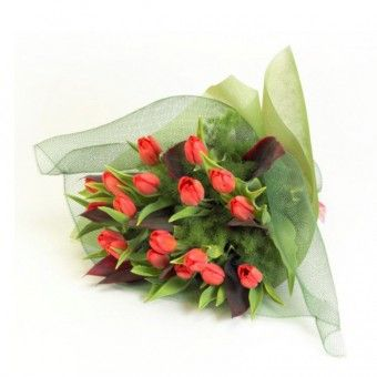 This bouquet of #orange #tulips is suitable for any #occasion. Visit PilipinasGift.com for prices!