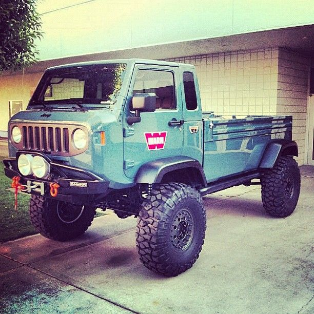 man you could go just about anywhere with this baby, does it say jeep on the hood?
