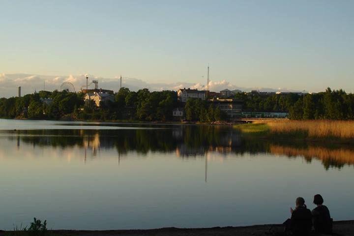It's Töölönlahti with Linnanmäki in the background ...