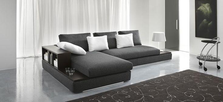 Pi di 25 fantastiche idee su mobili angolari su pinterest for Mobili design occasioni divani