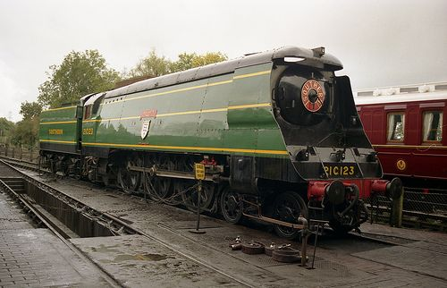 SR: 34023 'Blackmoor Vale' 'West Country' Class 4-6-2 Bluebell Railway
