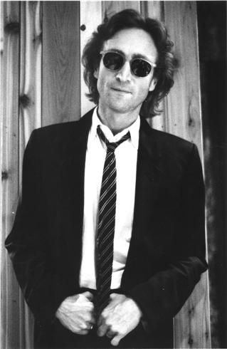 """thoseliverpoollads: """"John Lennon at The Hit Factory in 1980 by Bob Gruen """""""