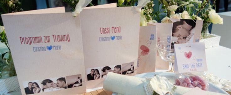 Bei uns können Sie Ihre eigenen Karten zur Hochzeit ganz einfach online drucken lassen. Am besten Sie bestellen Probedrucke Ihrer gewünschten Drucksachen. Dann können Sie das Ergebins am besten beurteilen.