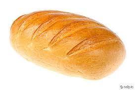 Weißbrot Weißbrot ist Brot, das aus Weizenmehl gebacken wird. Als Backtriebmittel wird vorwiegend Hefe, seltener Weizensauer verwendet. In Deutschland muss das verwendete Mehl mindestens aus 90 % Weizenmehl sein.