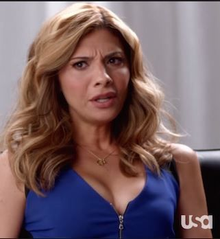 When you know your zip is slowly undoing it's self...The gorgeous Callie Thorne