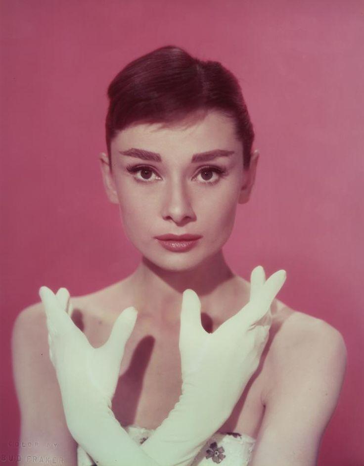 Mejores 15 imágenes de Affable Audrey Hepburn en Pinterest | Audrey ...