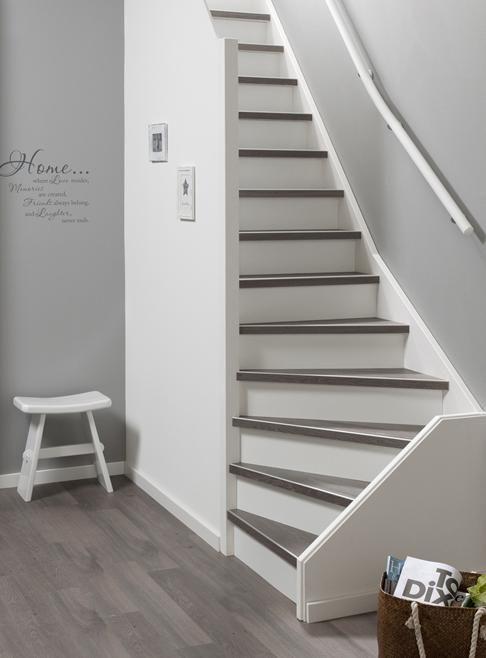 Meer dan 1000 idee n over trappen schilderen op pinterest trappen trap stijgers en trapleuningen - Hoe om te schilderen een trap ...