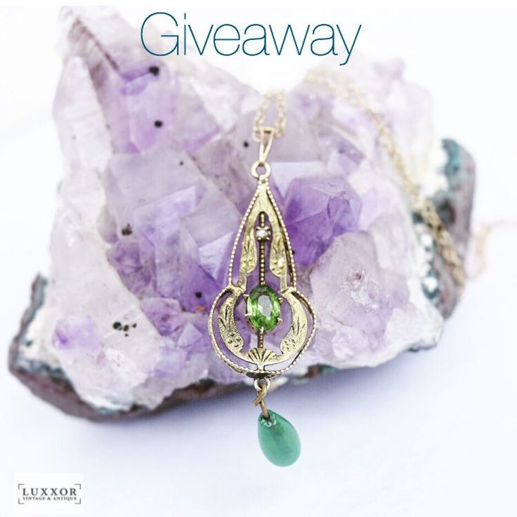 Enter to win this Lavaliere necklace on my Instagram @Luxxorvintage (ends 8/4)
