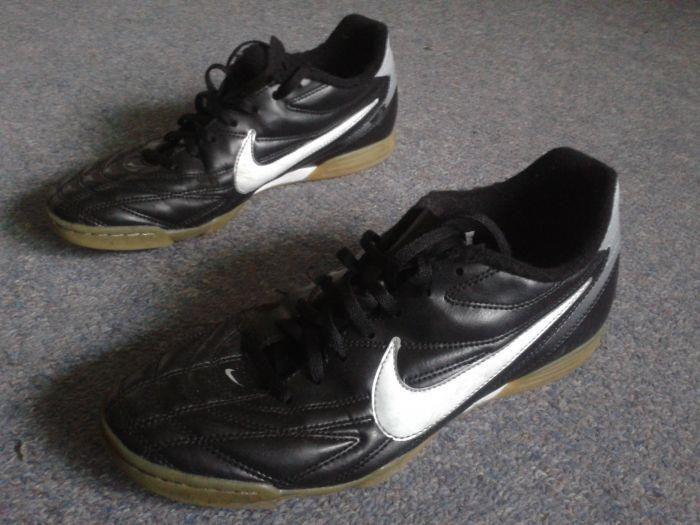 Футбольная обувь в калининграде