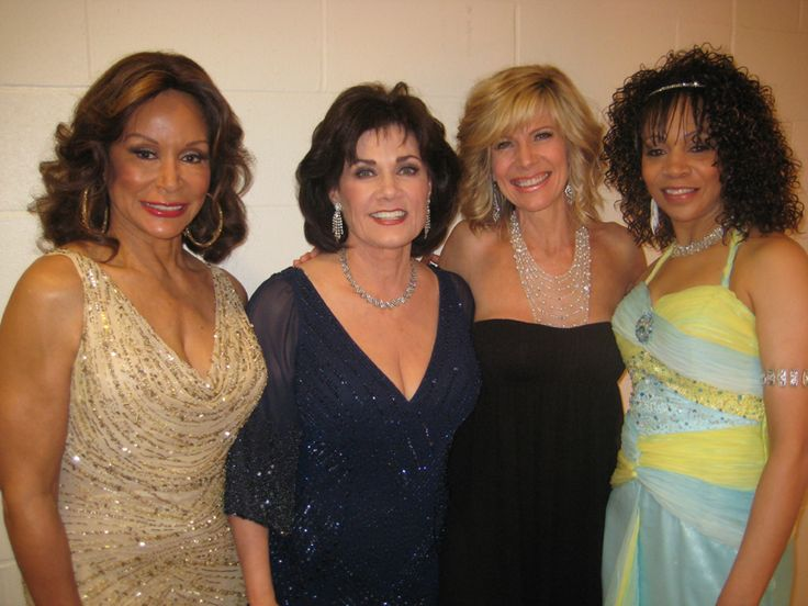 "BEAUTIFUL LADIES...! A bLAST FROM THE PAST... (l. to r.): Freda Payne, Ralna, Debby Boone (""You Light Up My Life"") and Wanda Tolson from Peaches & Herb.."