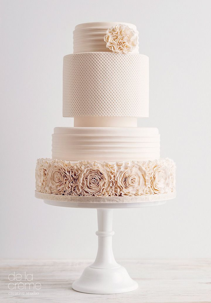 Contemporary Wedding Ideas - Amazing, Contemporary Wedding Cakes by De La Créme Creative Studio - Mon Cheri Bridals