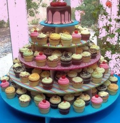 whimsical wedding cupcakes... Could do wedding colors