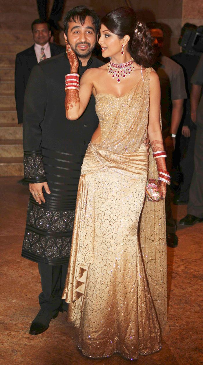 Bollywood Movie Wallpapers - Celebrity Free Gallery - Hollywood actress: Shilpa Shetty,Raj Kundra Indian Wedding Reception Pictures - Marriage Reception Photos