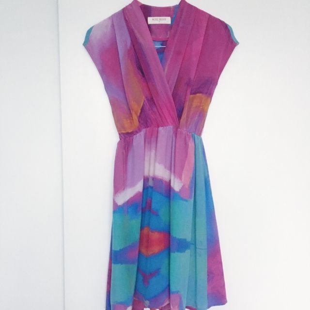Breez - 100% Silk Nicole Bridger Dress With Lining Size 4