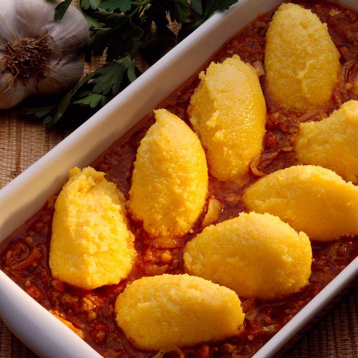 Découvrez la recette quenelles de polenta en sauce tomate sur cuisineactuelle.fr.