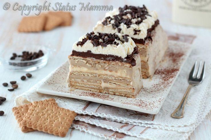 Tiramisù gelato con biscotti