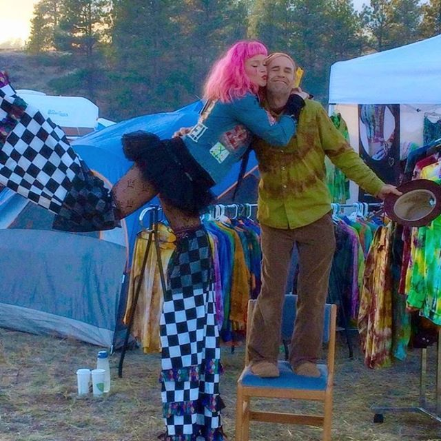 Frank lovin' Gale Force   @okanoganfamilyfaire #okanogan #tonasket #barterfaire #wa #okanogan #pnw #washington #hippylife #gypsylife #goodtimes #goodlife #festivals #freespirit #wildchild #gypsysoul #hippie #behappy #lovelife #musicfestivaljunkies #sunfest #danceaway #goodvibesonly #festivals #tiedyemakesyoufly #tiedyeisart #desertheartsfestival #bonnaroo #burningman #bumbershoot #whatthefestival #sasquatch