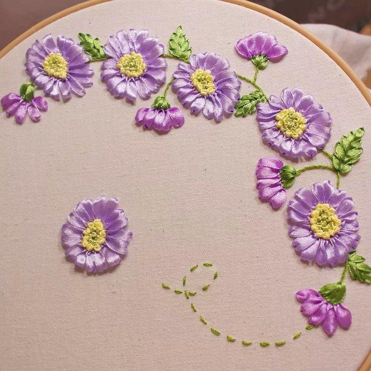 Melhores imagens sobre ribbon embroidery no pinterest