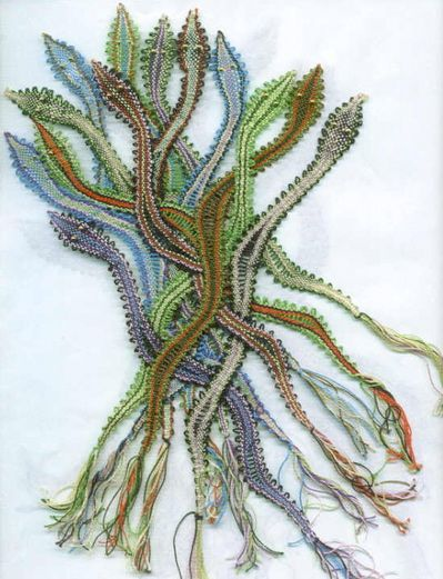 lovely, lovely... lace snakes... but how do you make them?