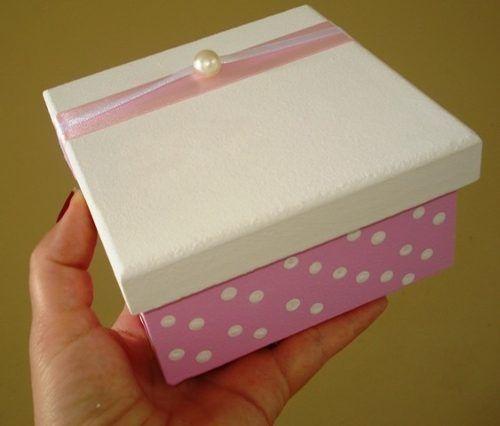 caixa branca e rosa com pérolas mdf 12x12