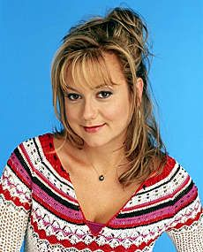 Megyn Price like the simple updo