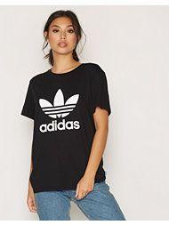 Adidas t-skjorte fra Nelly, str large