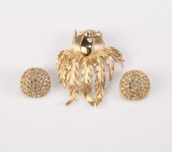 Vintage Broach Brooch /& Earrings Rhinestone Brooch Clip On Earrings.