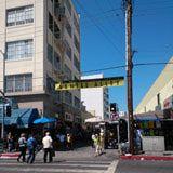 http://enlosangeles.about.com/od/De_compras_en_Los_Angeles/a/Los_callejones.htm