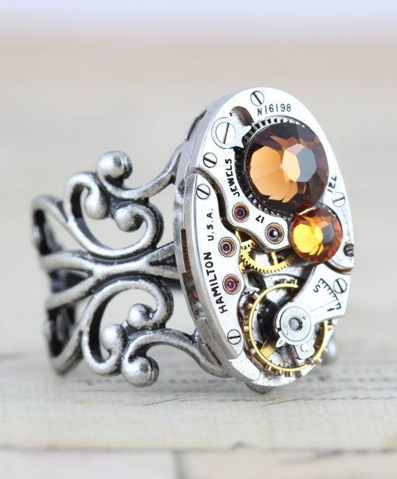 Anello steampunk pronto per la spedizione - vapore Punk gioielli - novembre Clockwork Topaz gioielli industriali - artigianali di ispirato da Elisabetta