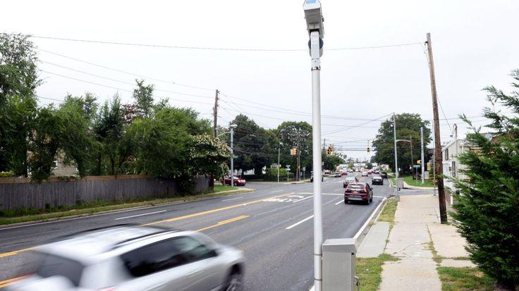 Critics back bill to suspend Suffolk's red light cameras