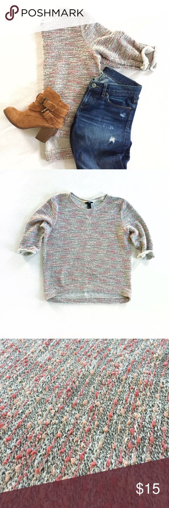 H&M 3/4 sleeve oversized pink gray marled sweater Gives a cute casual look when paired with distressed denim and booties. Slightly longer in the back. Lightweight knit. 3/4 sleeves are rolled and stitched to stay up. In excellent used condition. Size medium, fits an xs or small as well for a looser look. Underarm to underarm measures 21.5 inches, shoulder to bottom measures 23.5 inches (26.5 in the back). H&M Sweaters Crew & Scoop Necks