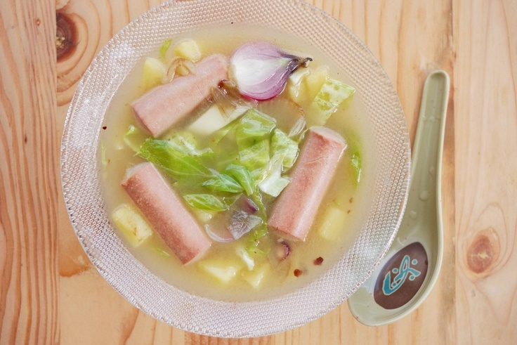 Vienna Sausage Soup... Yeah... I'm really not sure if this sounds good or not, but it kinda looks good!