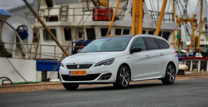 Wordt het de Peugeot 308 SW GT-line 1.2 benzine of GT 2.0 diesel..? - http://www.driving-dutchman.com/wordt-het-de-peugeot-308-sw-gt-line-1-2-benzine-of-gt-2-0-diesel/