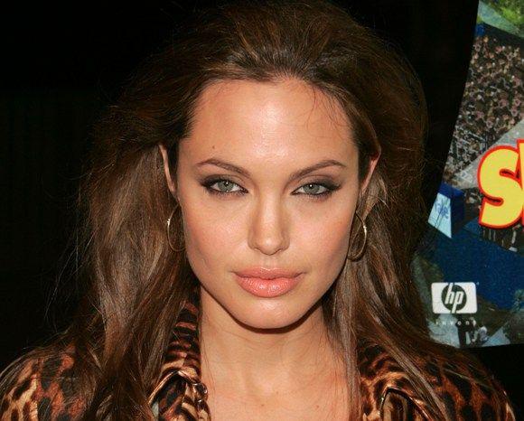 Макияж под леопардовое платье - фото