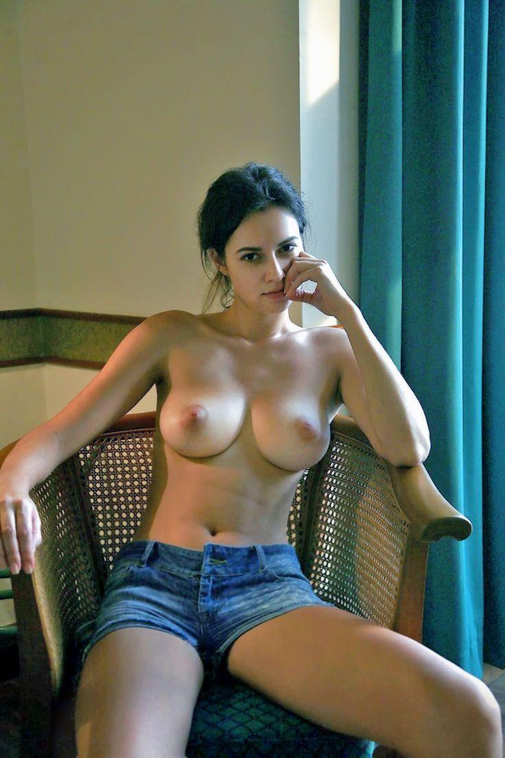 Hot chicks on webcam
