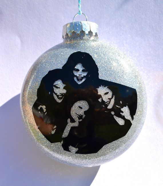 Designing Women TV show  Merry Christmas Ornament  Great