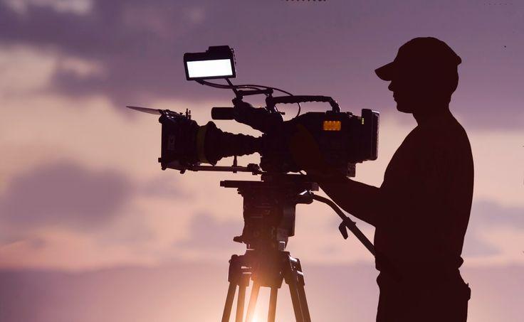 Ζητείται Εικονολήπτης / Video Editor:  H Just Online, διευρύνοντας τις υπηρεσίες social media προς τους πελάτες της, αναζητά εξωτερικό συνεργάτη ΕΙΚΟΝΟΛΗΠΤΗ / VIDEO EDITOR με εμπειρία αλλά κυρίως δημιουργικότητα και φαντασία. Γνώση After effects και χρήση / κατοχή drone θα εκτιμηθούν. Στείλτε βιογραφικό-portfolio ή / και LinkedIn profile στο info@justonline.gr