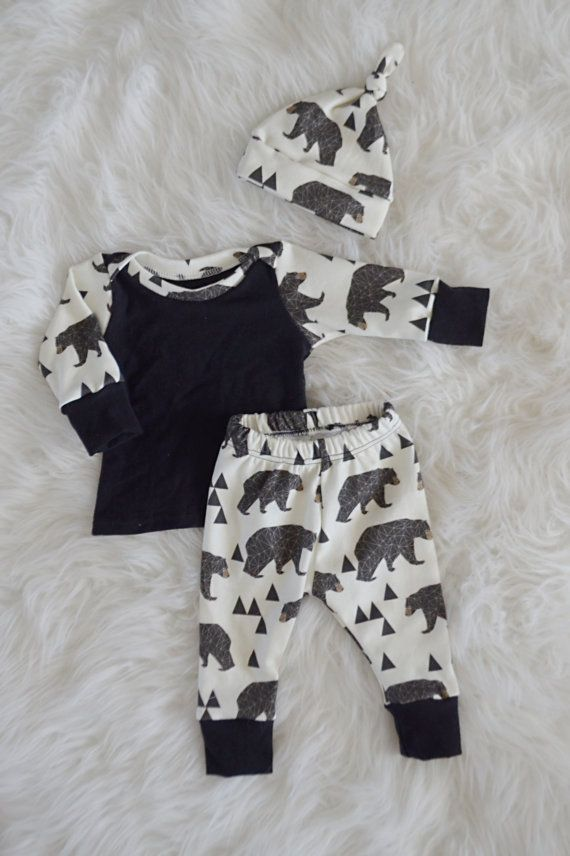 This set comes with a top knot hat, shirt, and leggings. This set is made with 100% organic cotton knit material. It is buttery soft and