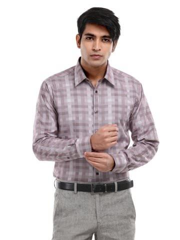 V Dot Men Maroon Checked Slim Fit Shirt | Myntra via @Myntra.com PRODUCT CODE: 104743  Rs. 1,899
