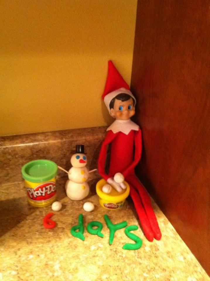 Elf on the shelf : # of days til Christmas in play-doh!