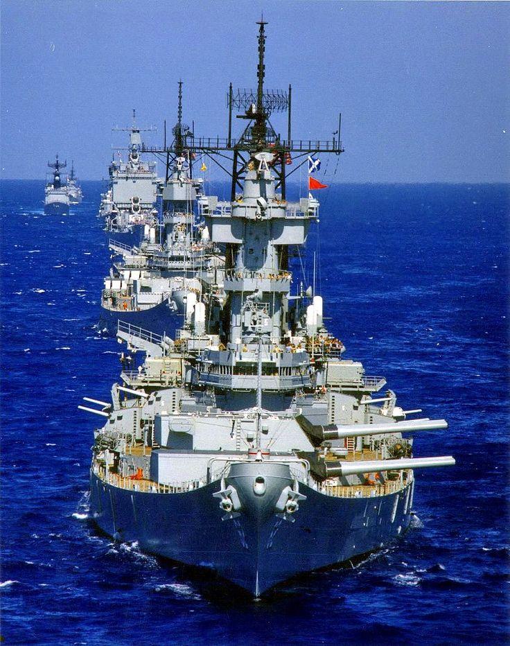 Cruceros Nucleares y Acorazados: Compruebe Esta Foto de Marina de Era de Reagan USS Nueva Jersey, USS Missouri, USS Long Beach